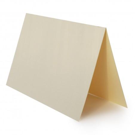 1 Tischkarte zum selbst Beschriften - Zart Creme Grammatur: 240 g/m² - 100 x 120 mm 10 x 12